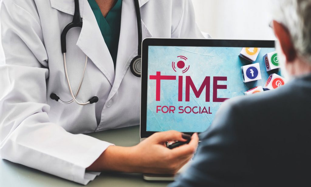 How does online advertising work for health clinics?